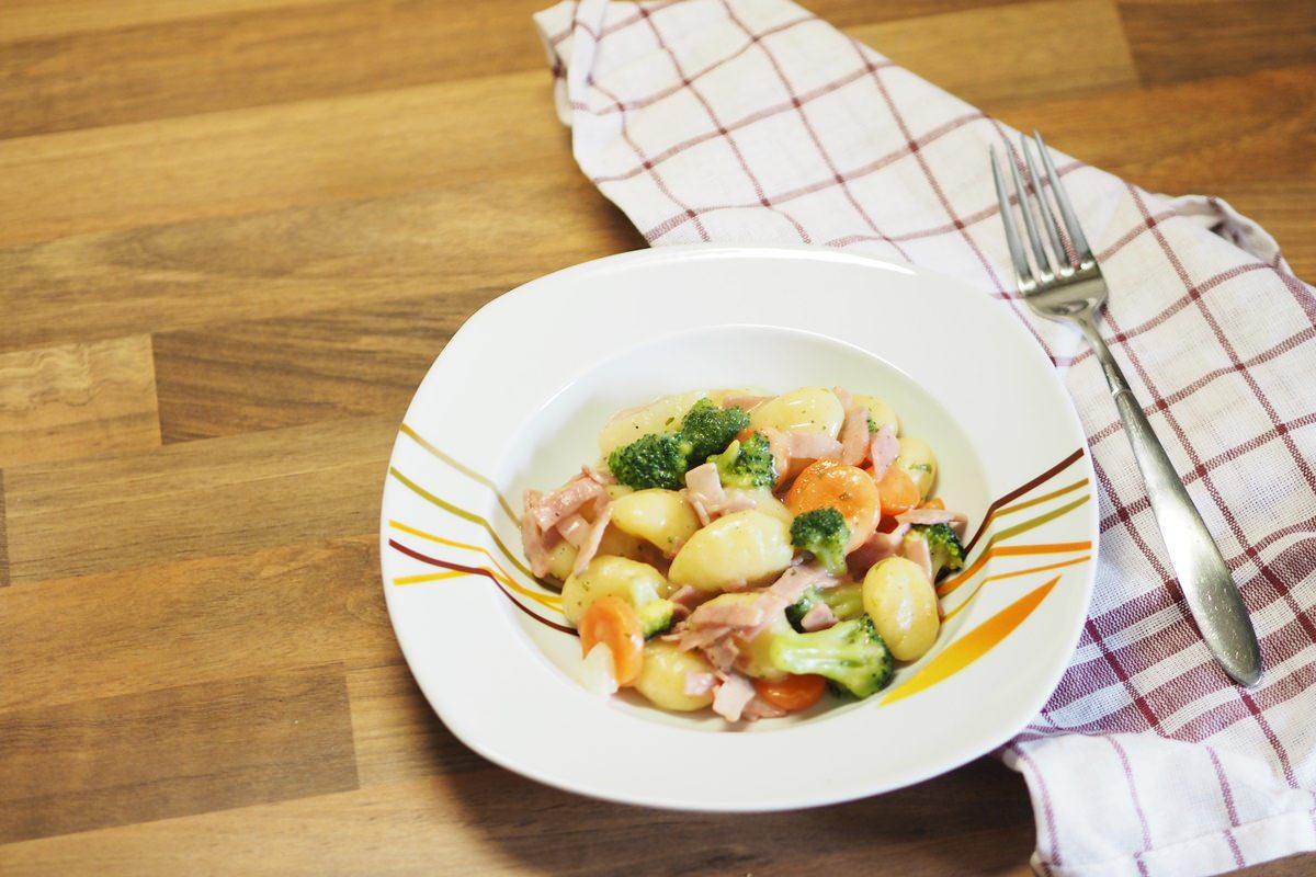 Gnocchi und Rahmgemüse Rezept