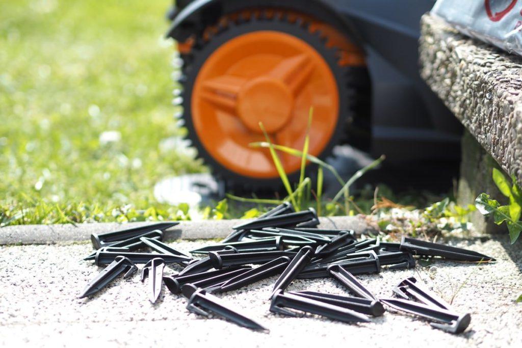 mähroboter gepflegter Rasen installation