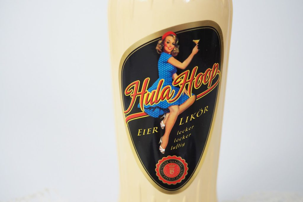 hula-hoop-eierlikör-retro