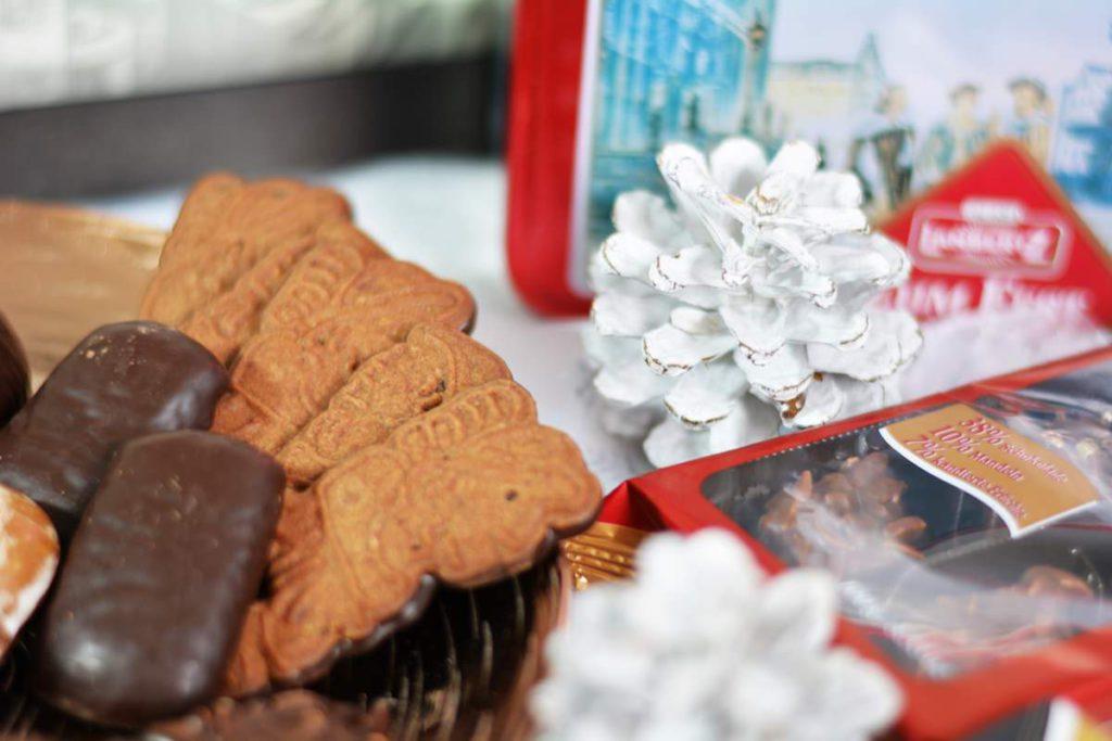 Weihnachtsgebaeck Lambertz Geschenktruhe Adventskaffee