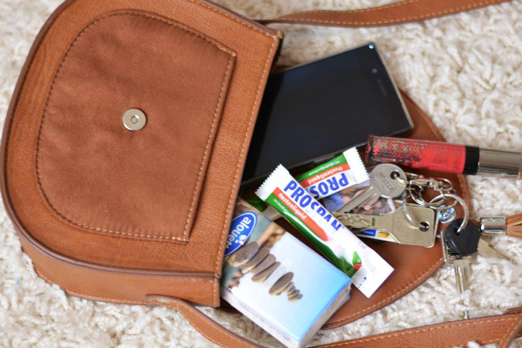 prospan liquid gesund durch den winter unterwegs handtasche
