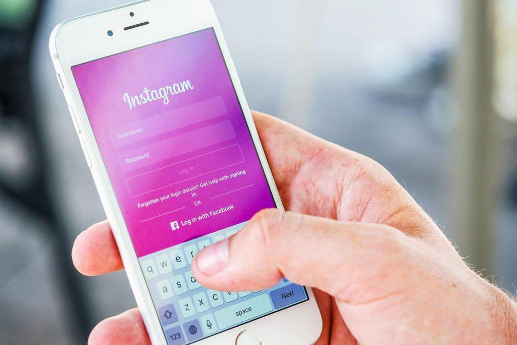 unterwegs sicher surfen instagram smartphone iphone