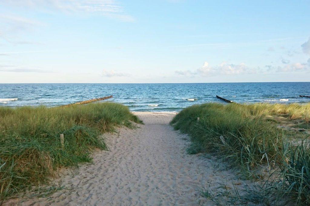 ostsee strand ostsee-urlaub duene meer