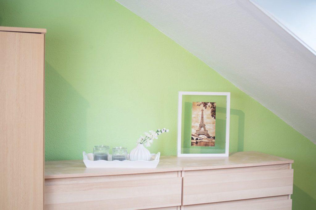 Raumlösungen für Dachschrägen für das Schlafzimmer im ...