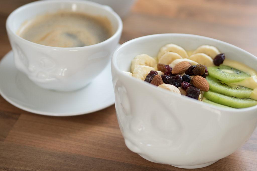 fruehstueck smoothie bowl schale