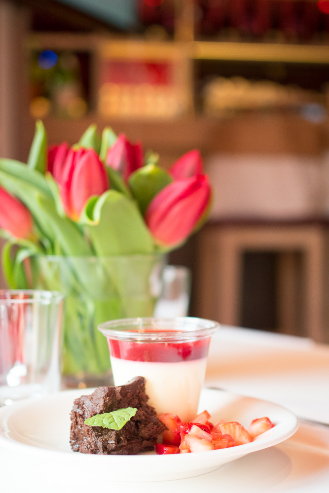 panna cotta brownie dessert vapiano hannover