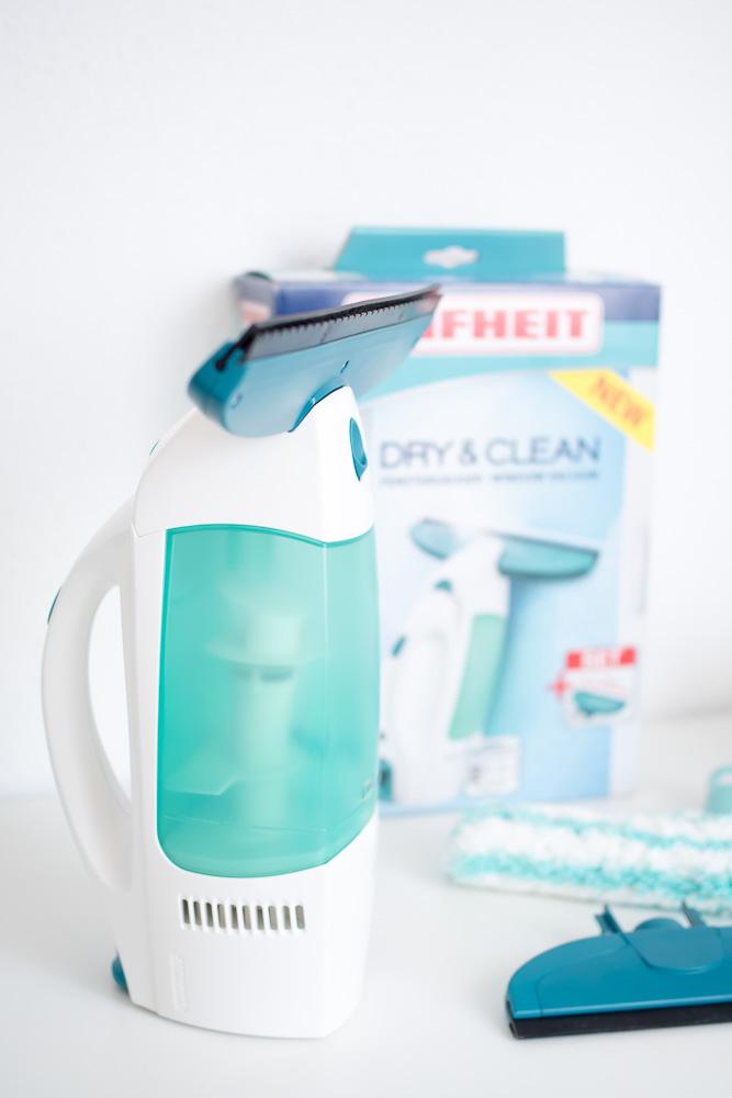 fenster putzen ohne streifen leifheit fenstersauger dry clean. Black Bedroom Furniture Sets. Home Design Ideas