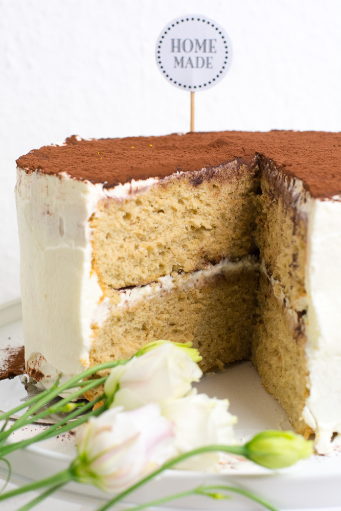 Tiramisu Torte angeschnitten