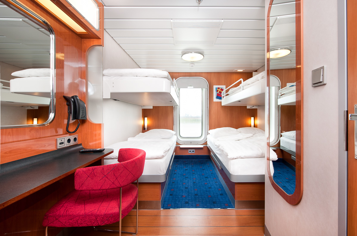 stena line standard 4-berth outside cabin