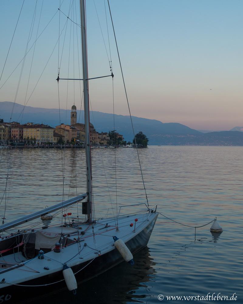 GO Jugendreisen Sonnenuntergang Boot