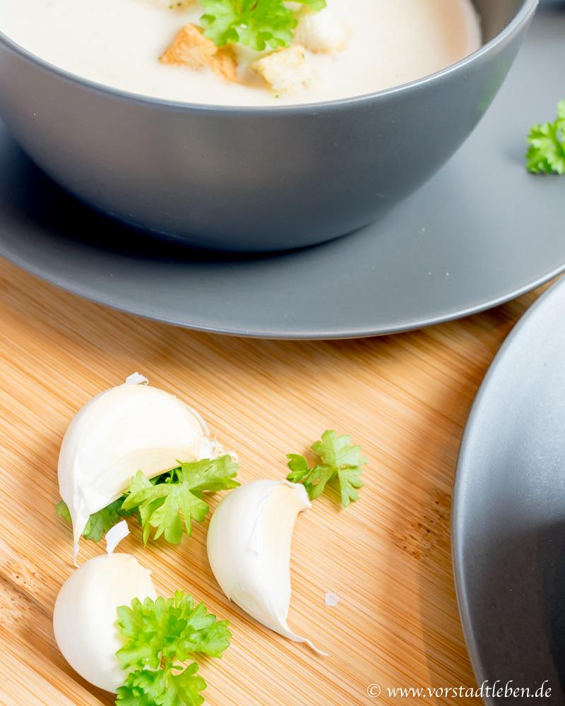 Rezept Knoblauchcremesuppe mit Kartoffeln