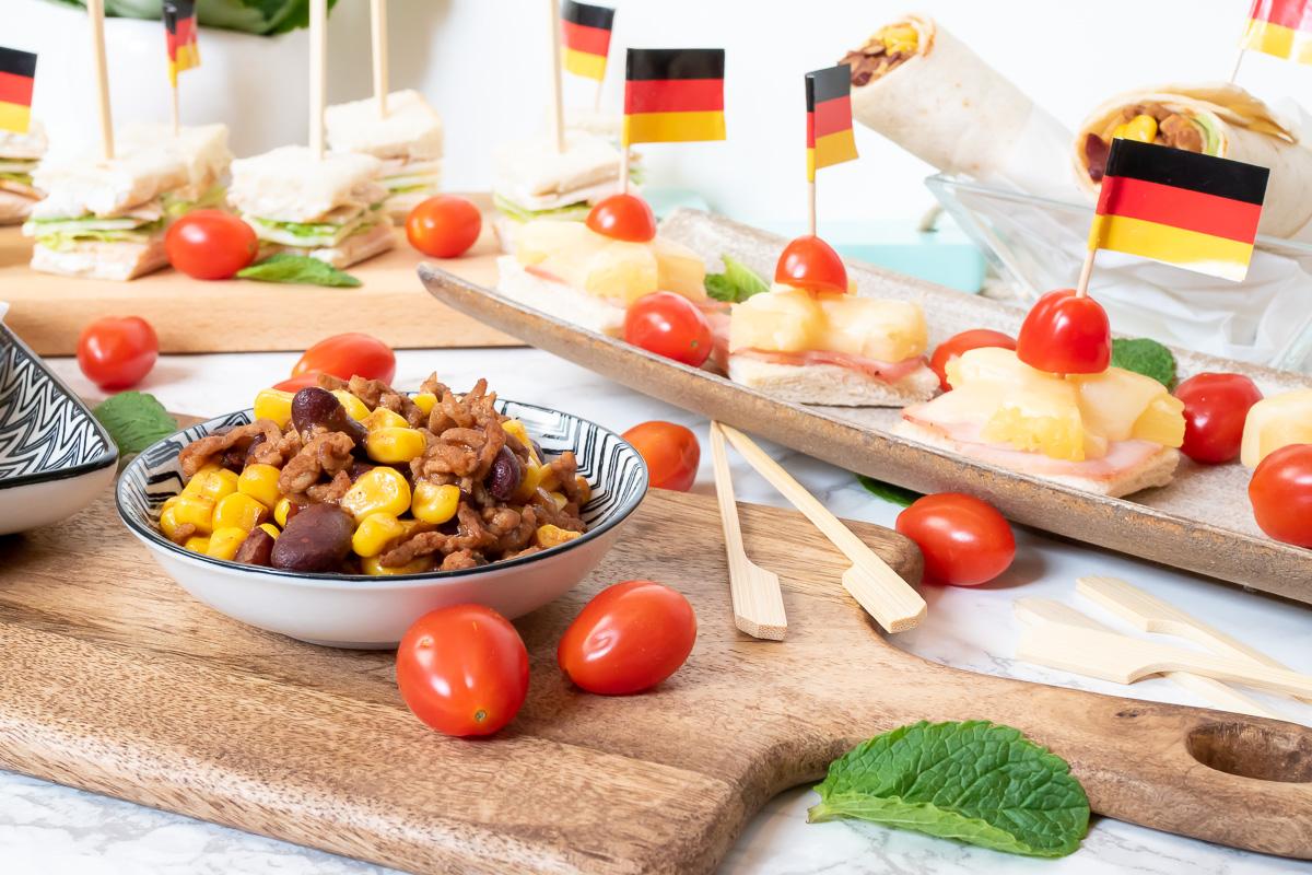 Mini Kühlschrank Otto : Halbzeitsnacks der wm siegerjahrzehnte eine kulinarische