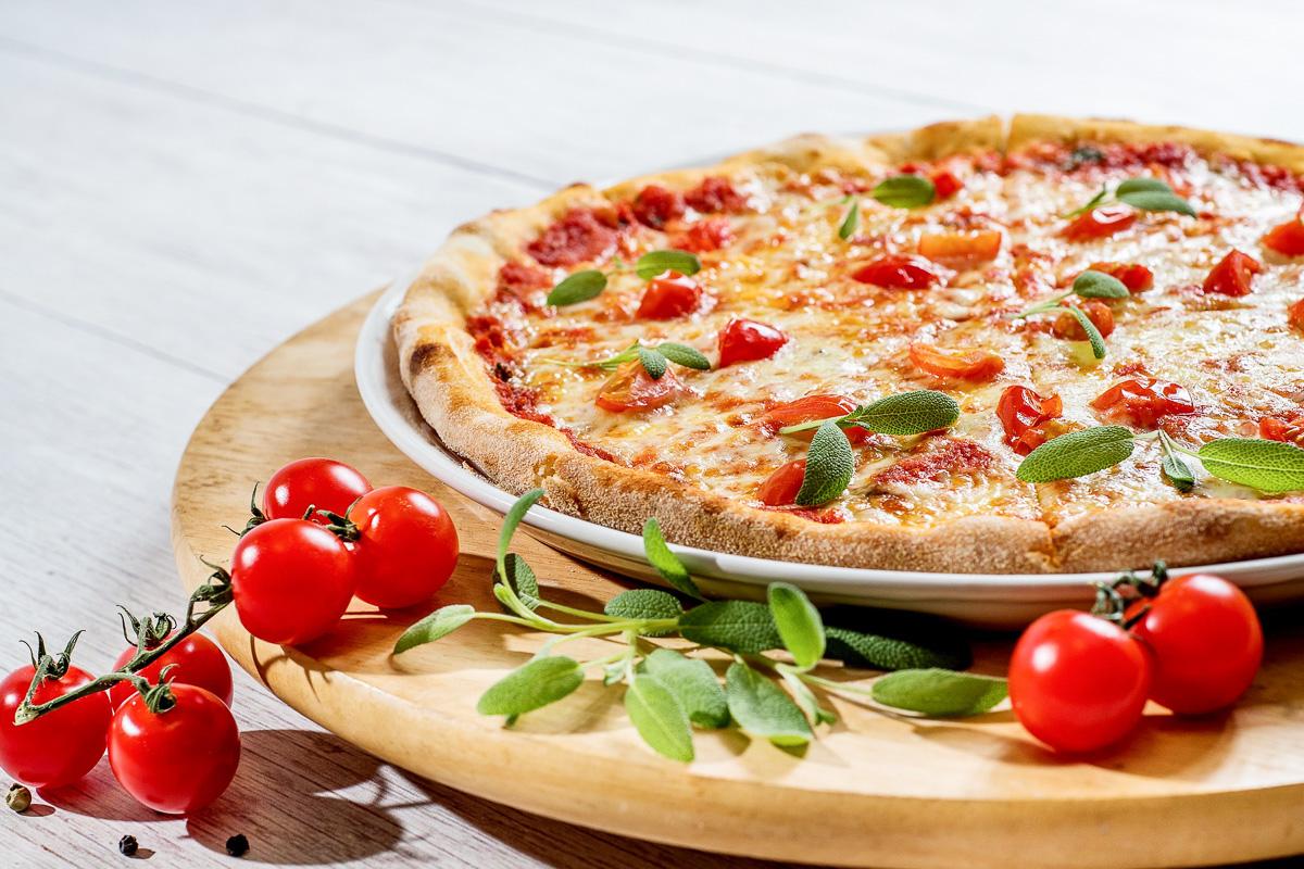 healthy lifestyle bewusst geniessen pizza