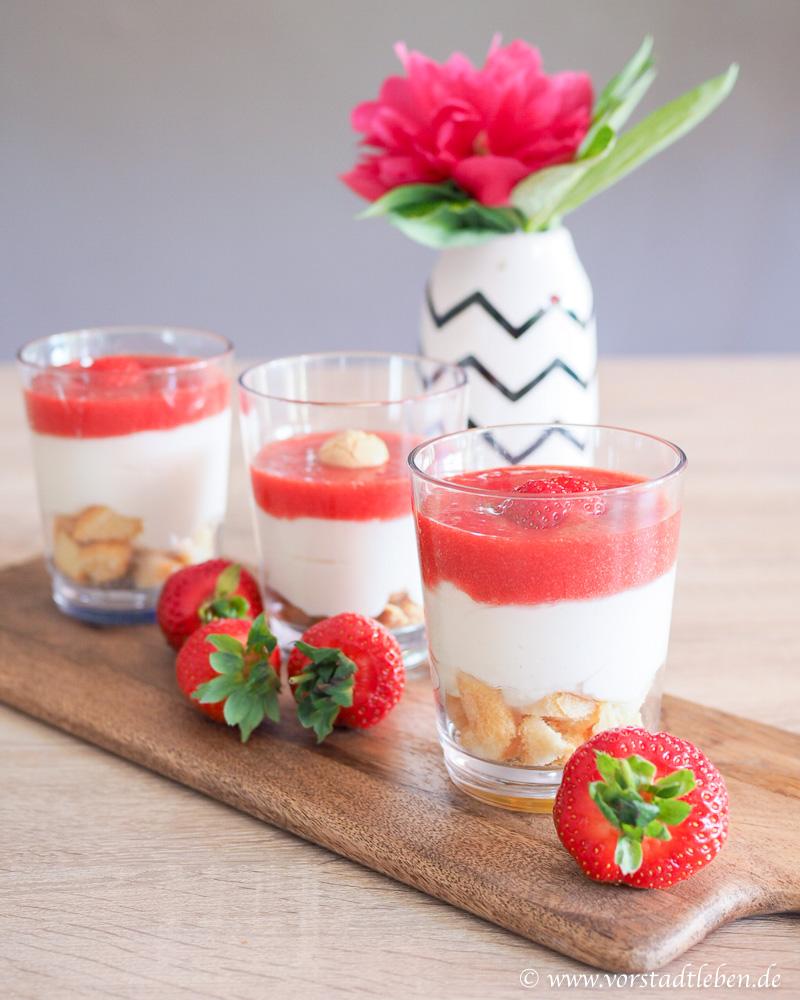 Sonntagsglueck Erdbeerdessert im Glas