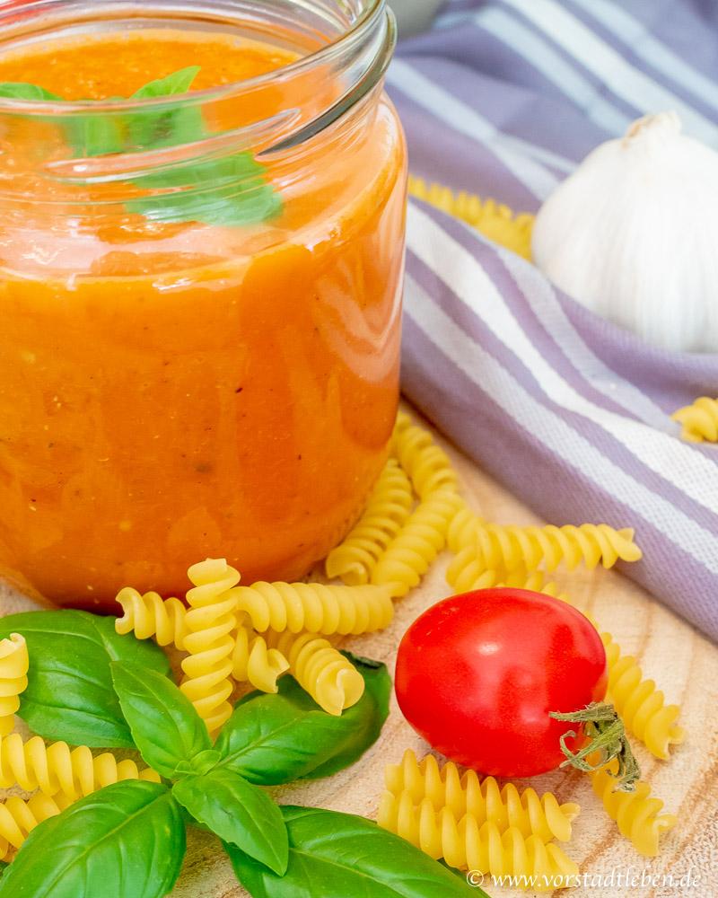 leckere Tomatensauce aus dem Backofen
