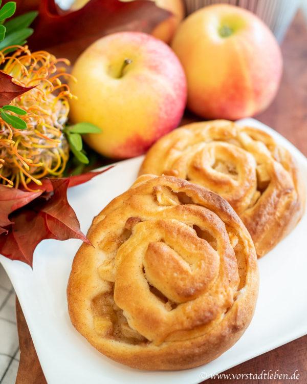 Backen im Herbst Apfel Zimt Schnecken