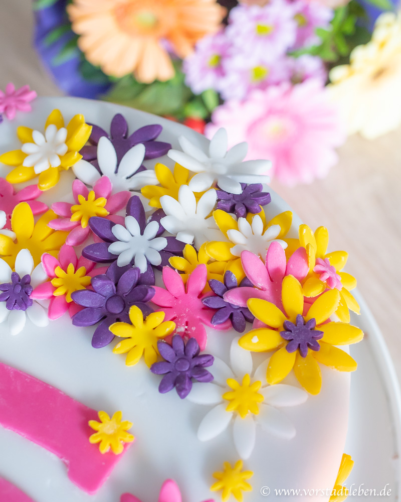 Blumentorte Cakerella Blueten