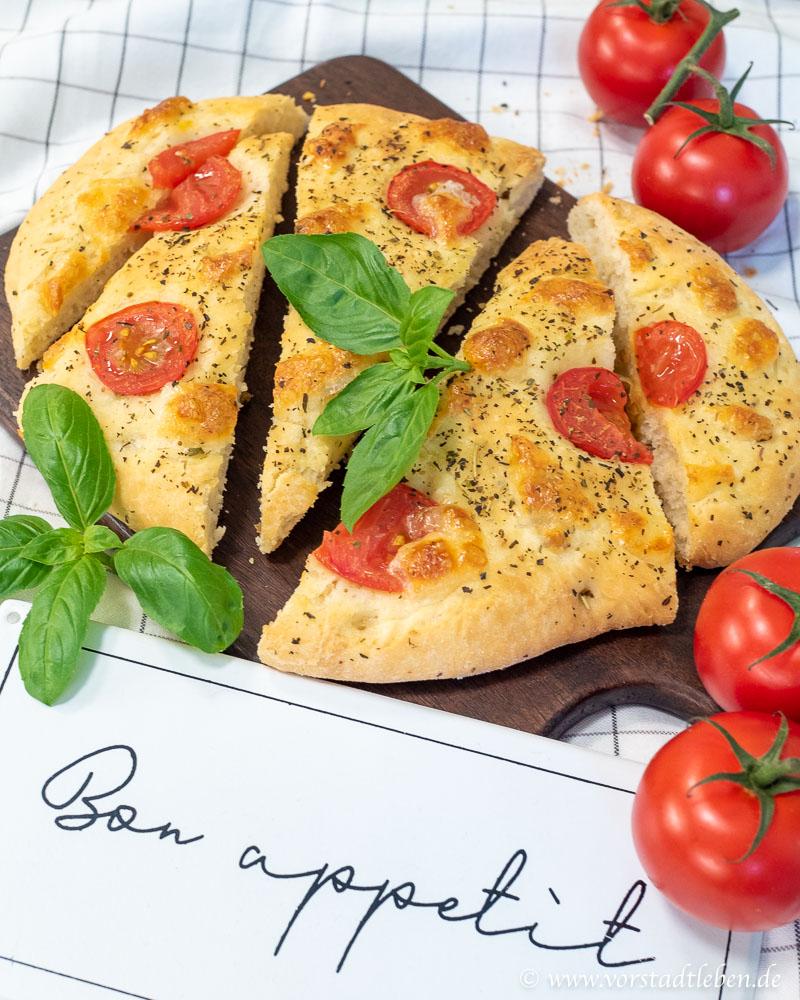 foccaccia backen rezept tomate mozzarella