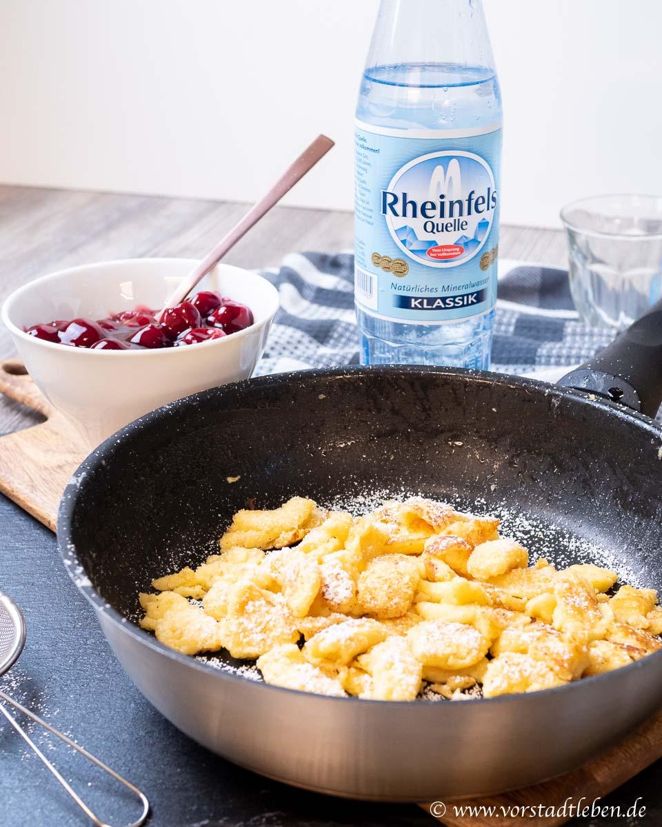 Rheinfels Quelle Rezept Kaiserschmarrn mit heissen kirschen