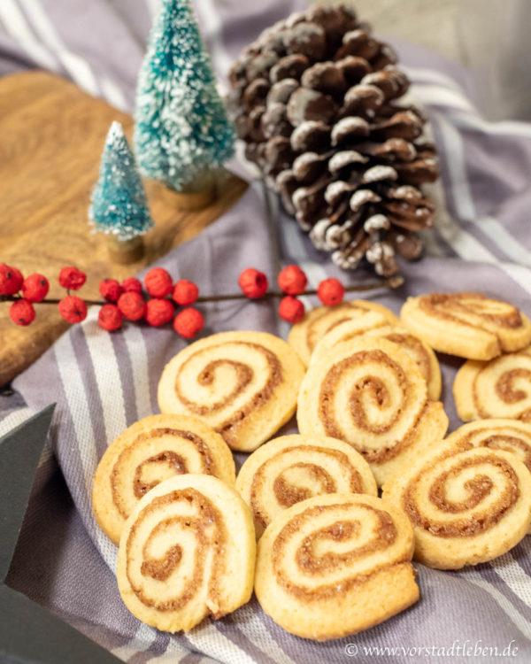 Zimtschneckenplaetchen Zimtschnecken kekse rezept Weihnachten