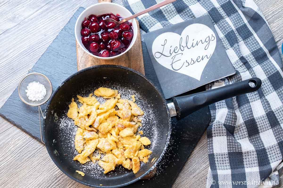 keiserschmarrn mit heissen kirschen rezept dessert