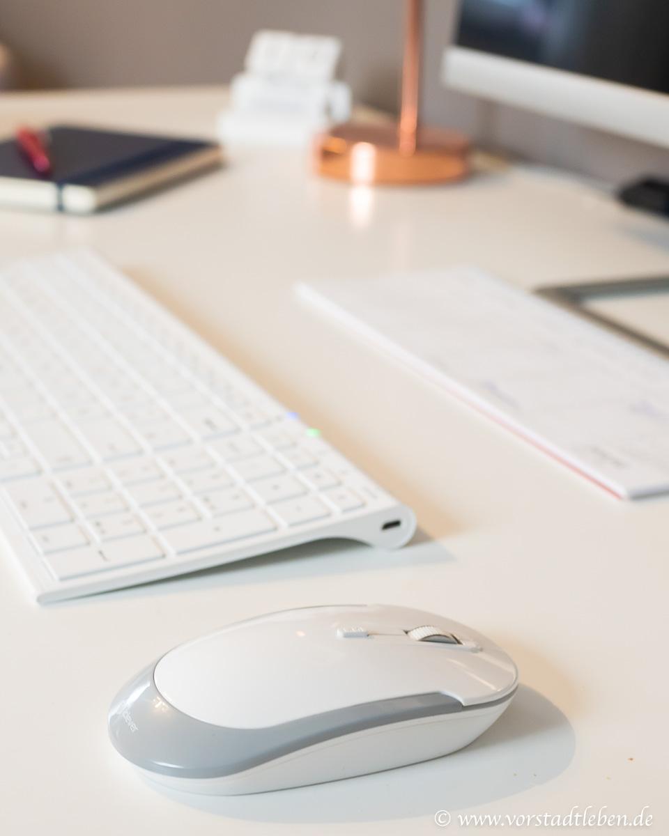 Schreibtisch Ordnung am Arbeitsplatz