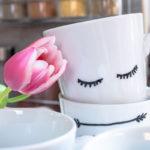 DIY Tassen bemalen Porzellan
