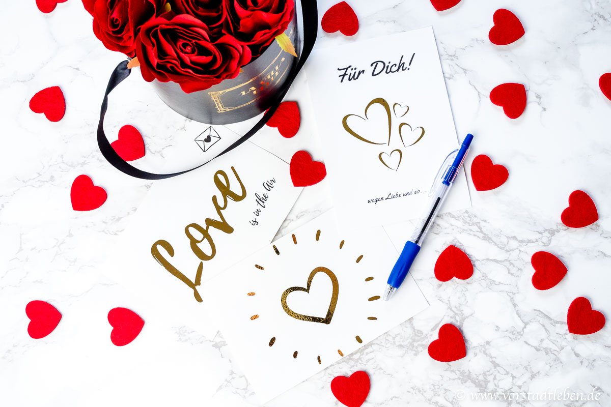 Love Is In The Air Valentinstagskarten Zum Ausdrucken Freebie