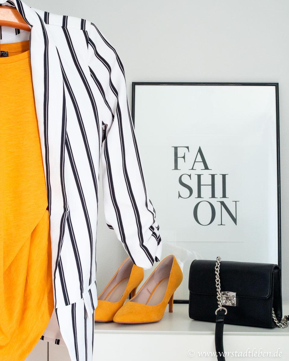 Farben und Muster im Kleiderschrank Akzente setzen