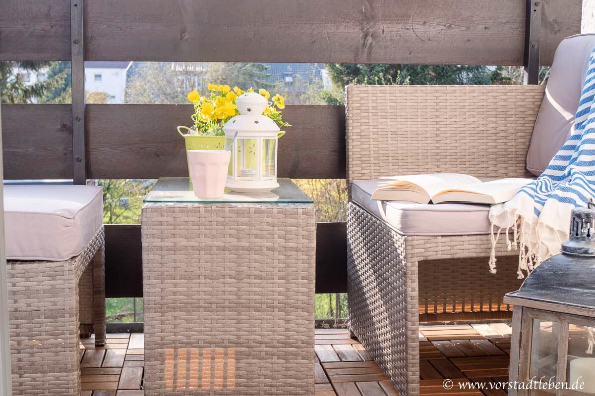 Rattan Lounge kleiner Balkon