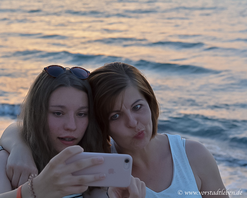 Mutter Tochter Teenager Selfie
